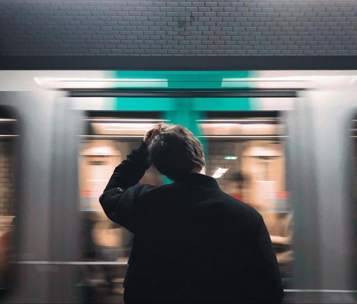 Digital Space_Metro Commute
