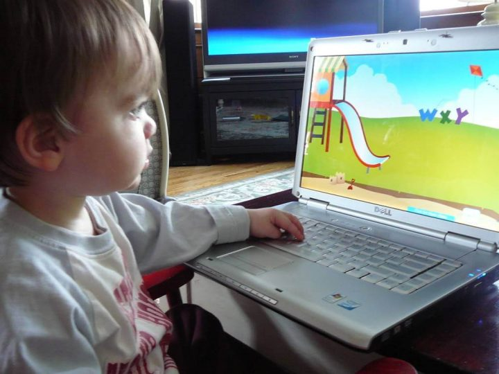 Design For Kids 3 year old with computer