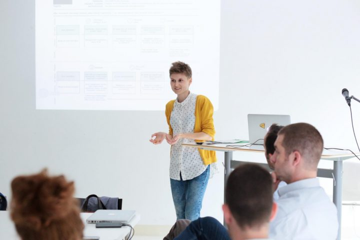 UX consultant presentation