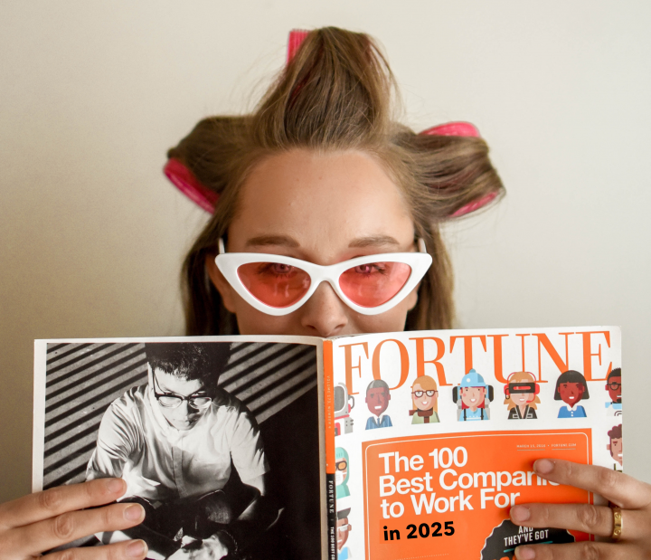 Service design: girl reading a magazine